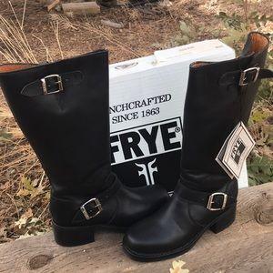 New worn Frye Campus Enginner black boots
